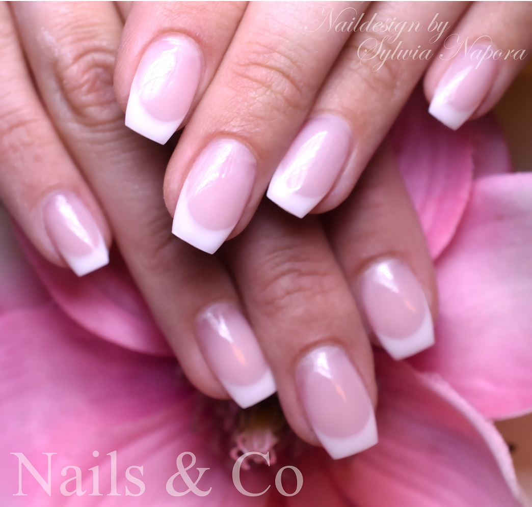 Frenchmodellage, Nagelstudio Kaarst